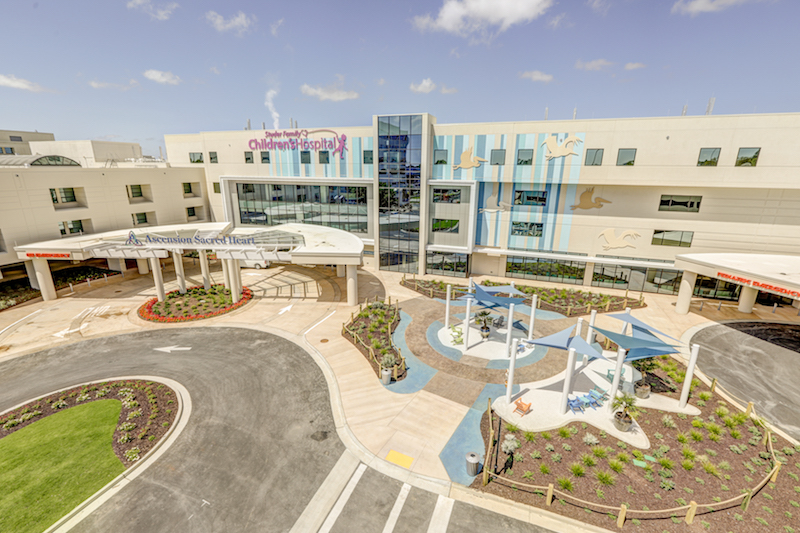 Construction Of New Children S Hospital Addition In Nw Florida Had To Weather Several Storms Building Design Construction