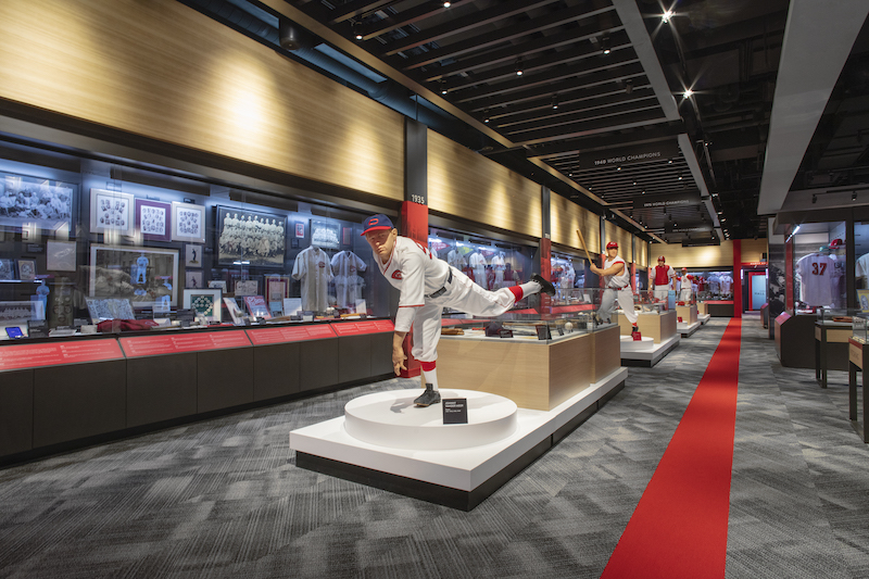 A statue in the Reds Hall of Fame and Museum