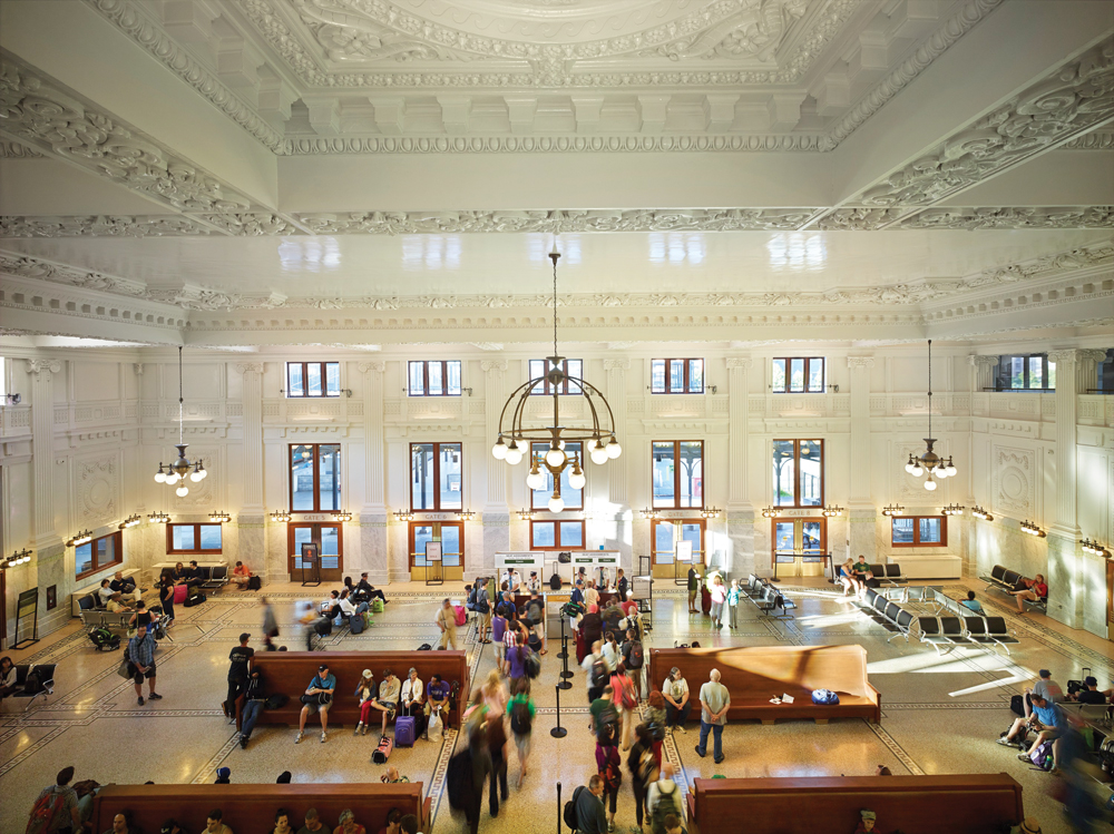 Seattle S King Street Station Thoughtfully Restored 2014