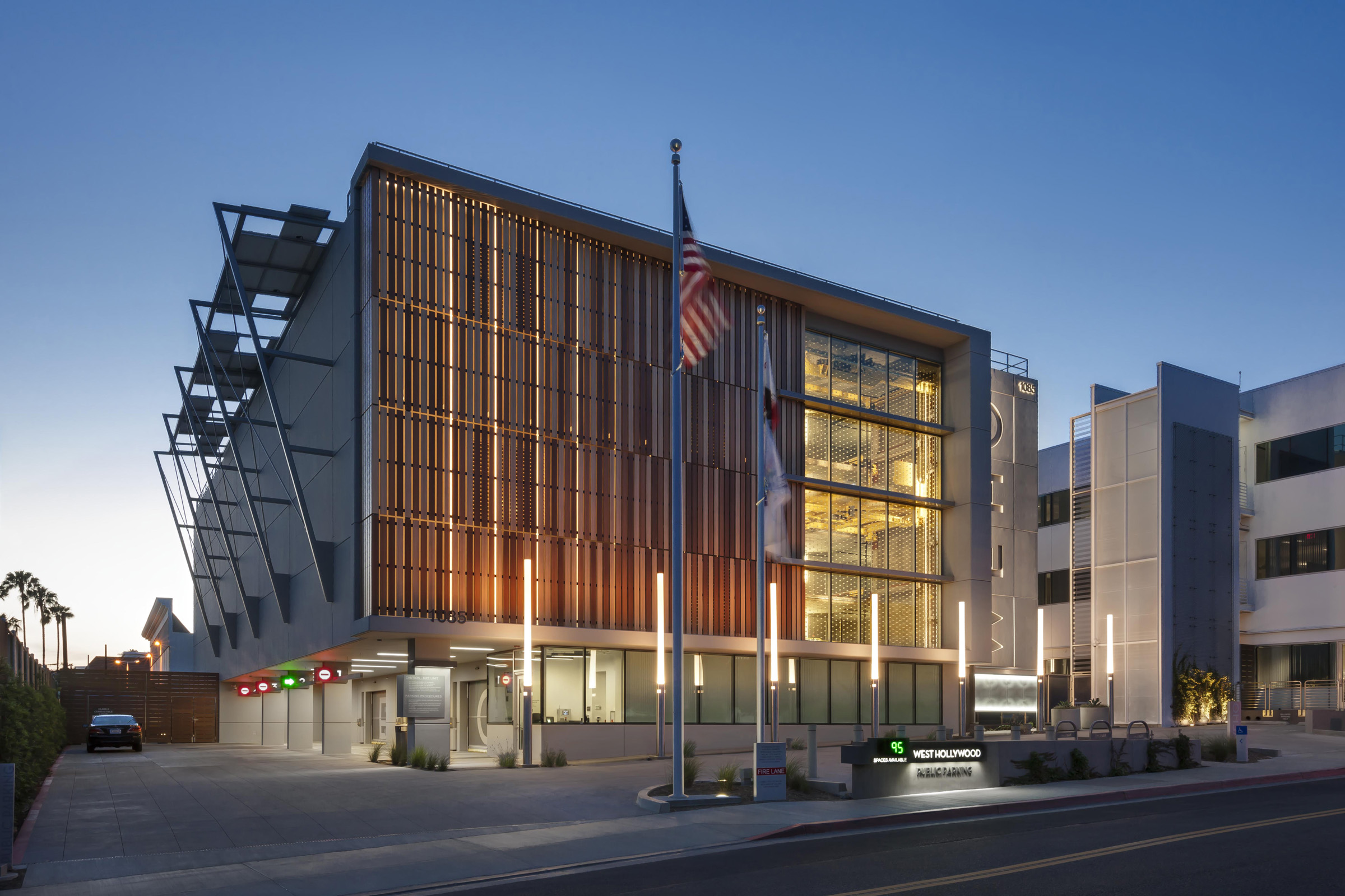 colorful parking garage will serve commuters in bay area city photo courtesy lpa inc click here to enlarge