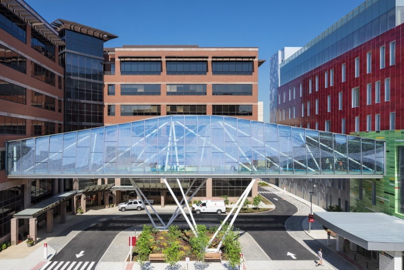 Top 150 Healthcare Architecture Firms for 2019 University of Louisville Physicians, Novak Center Connector Bridge, designed by GBBN Photo Brand Feinknopf