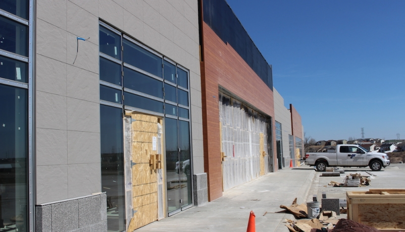 JLL Report: Retail renovation drives construction growth in 2016