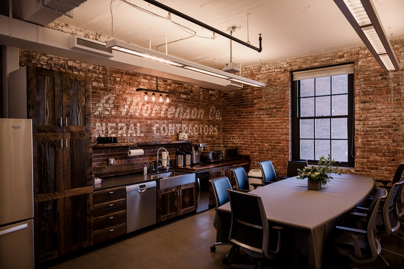 mortenson construction incorporates 100 year old barn into newmortenson construction incorporates 100 year old barn into new portland office space