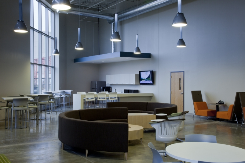The Office Concepts Build Out Included Approximately 15,000 Sf Of Office  And 15