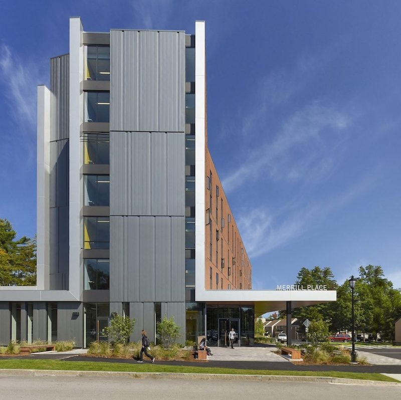 Campus Club Apartments: A New Hampshire College Offers Student Housing As Hotel