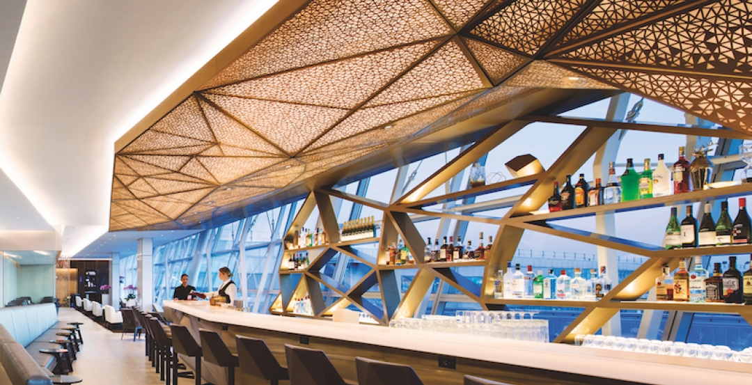 Lantern Ceiling Warms Interior Of Etihad Airways Lounge