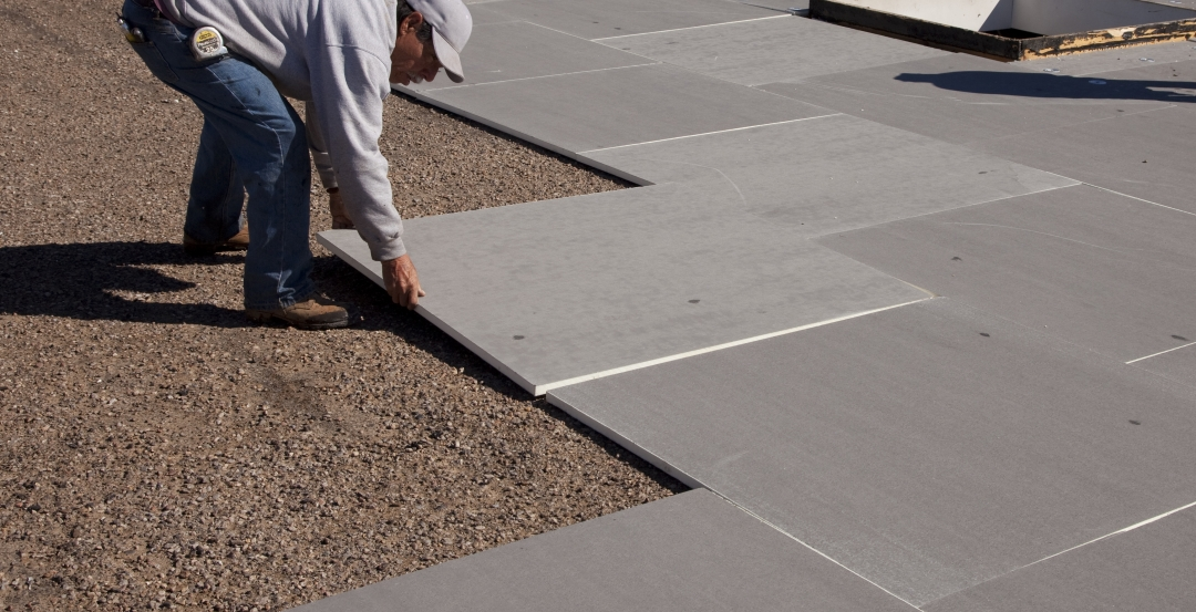 Polyiso And Mineral Fiber Insulation In Green Roofs