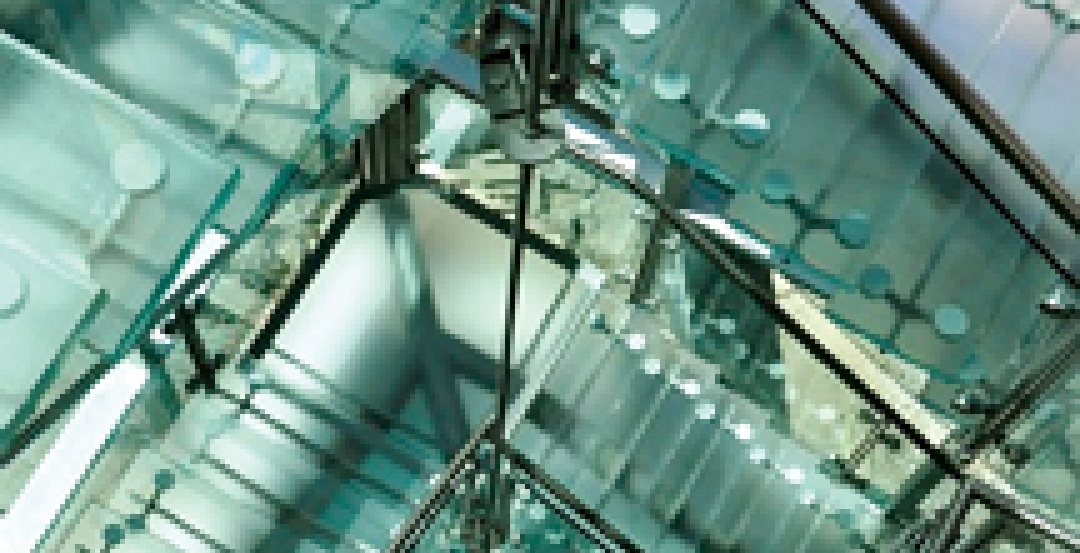 The use of light load-bearing glass to create transparent stairs, floors, and ot