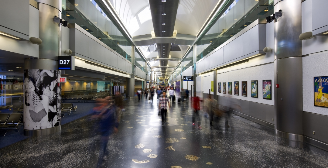 AIRPORT FACILITIES GIANTS: Airports binge on construction during busy year for travel