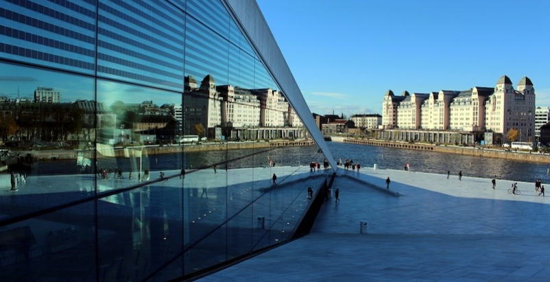 Oslo opera house and public space