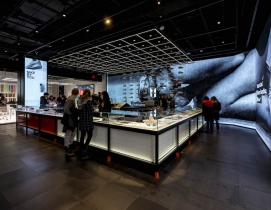 Top 125 Retail Architecture Firms for 2019  Nike store 5th Ave, top retail engineering firms for 2019, Giants 300 report, Photo by Jonathan Morefield