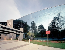 Tower Pinkster Titus Architects specified a silicone-glazed curtain wall for ene